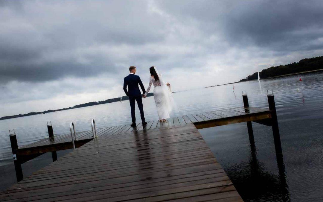 Bryllups film og heldags fotografering
