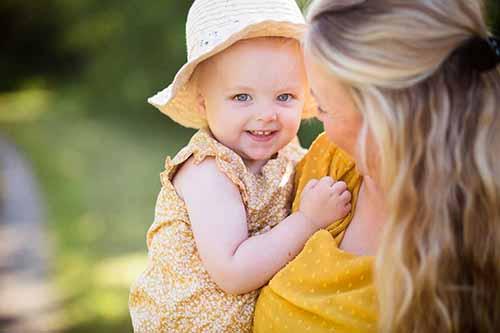 familiefoto - mor og barn